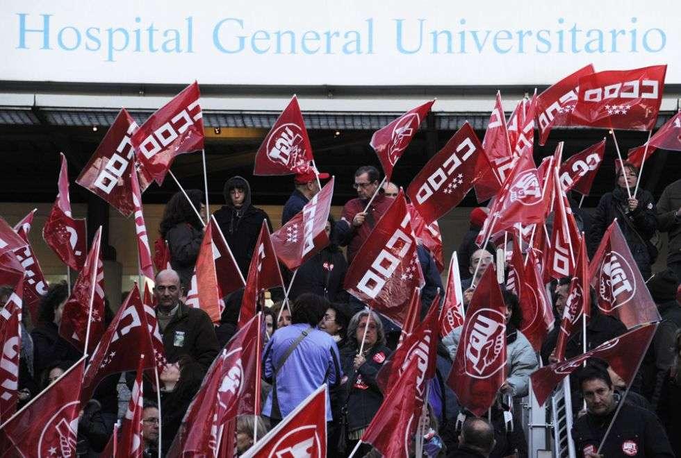 Piquetes sindicales a las puertas del hospital Gregorio Marañón de Madrid.